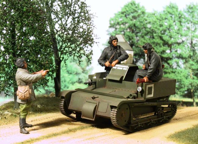 Militaria1/35,Plasticard e tanque de PE!!! 01